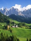 St. Magdalena in the Dolomites Fotografisk tryk af Blaine Harrington
