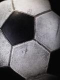 Soccer Ball Fotografie-Druck von Randy Faris