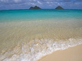 Mokulua Islands from Lanikai Beach Photographie par Darrell Gulin