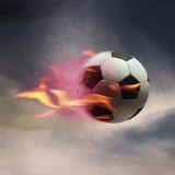 Balón de fútbol en llamas Lámina fotográfica