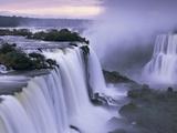 Iguassufallen Fotografiskt tryck av Theo Allofs