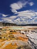 Adam Jones - Colorful Terraces atop Mammoth Hot Springs Fotografická reprodukce
