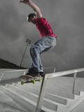 Skateboarder Performing Tricks Papier Photo