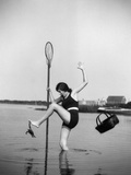 1920s Woman Crabbing Surprised By Crab Biting Her Toe Photographic Print by H. Armstrong Roberts