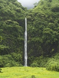 Vaihaiuru waterfall in Papenoo Valley Photographic Print by Macduff Everton