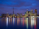 View of Toronto Skyline at Night from 'The Docks', Toronto, Ontario, Canada. Fotografiskt tryck av Henry Georgi