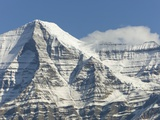 Mt. Robson Photographic Print by John Eastcott & Yva Momatiuk