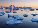 Icebergs in Disko Bay Reproduction photographique par Frank Krahmer