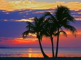 Colorful Sunset over Sombrero Beach in the Florida Keys Fotografie-Druck von George Mccarthy