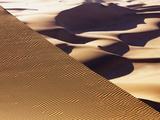 Wind tracks in dunes in the Namib Desert Fotografisk tryk af Frank Krahmer