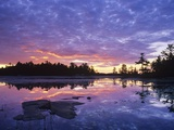 Lighthouse Pond at Sunrise, Kilarney Provincial Park, Ontario, Canada Photographie par Don Johnston
