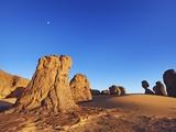 Eroded landscape in Tassili du Hoggar Fotografisk tryk af Frank Krahmer