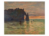 Coucher de Soleil a Etretat Giclee Print by Claude Monet