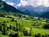 Santa Maddalena church in the Dolomites Mountains Fotografie-Druck von Blaine Harrington