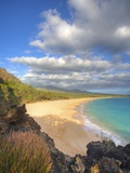 Oneloa Beach in Makena State Park on Maui Photographic Print by Ron Dahlquist