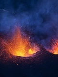 Lava erupting from Eyjafjallajokull Photographie