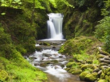 Geroldsauer Waterfall in Grobbach Valley in the Black Forest Photographie par Frank Lukasseck