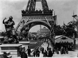 Crowds at The Eiffel Tower Photographic Print