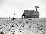 Dust Bowl Farm in Texas Photographic Print by  Bettmann