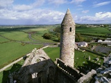 Round Tower at Rock of Cashel Photographic Print by Bo Zaunders