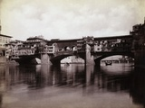 Ponte Vecchio over the River Arno in Florence Reproduction photographique par  Bettmann