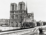 Notre Dame Cathedral Photographic Print by  Bettmann