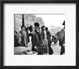 Kuss vor dem Rathaus in Paris, 1950 Poster von Robert Doisneau