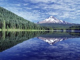 Reflection of Mt. Hood in Trillium Lake Photographic Print by Craig Tuttle