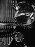 Vintage Automobile Headlight and Grill Fotografie-Druck von Brett Weston