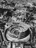 The Colosseum in Rome Fotografie-Druck von Bettmann 