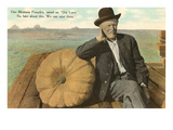 Man with Large Pumpkin, Montana Posters