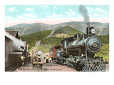 Locomotive at Base of Mt. Washington, New Hampshire Poster