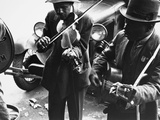 Street Musicians, 1935 Photographic Print by Ben Shahn