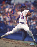 Doc Gooden Mets Pinstripe Jersey Pitching Vertical (Signed in Blue) Foto