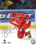 Brett Hull Red Wings Red Jersey Slap Shot Vertical Photo