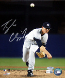Tyler Clippard Yankees Pitching Vertical Front View (MLB Auth) Photographie