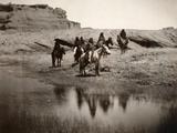 Navajo On Horseback, C1904 Reproduction photographique par Edward S. Curtis