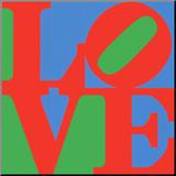 Classic Sky Love, woord Love tegen blauwe en groene achtergrond Kunstdruk geperst op hout van Robert Indiana