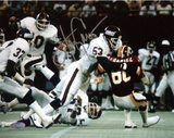 Harry Carson Tackling McDaniel of the Redskins Photographie