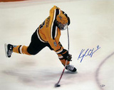 Kyle Okposo Univ. of Minnesota Bent Stick Slap Shot Autographed Photo (Hand Signed Collectable) Photo