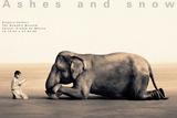 Garçon qui lie à un éléphant, Mexico city Affiches par Gregory Colbert