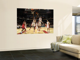 Philadelphia 76ers v Toronto Raptors: Reggie Evans and Sonny Weems Prints by Ron Turenne