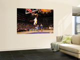 Golden State Warriors v Los Angeles Lakers: Lamar Odom Posters by Noah Graham