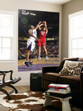 New Jersey Nets v Sacramento Kings: Kris Humphries and Carl Landry Art by Don Smith
