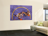 Golden State Warriors v Los Angeles Lakers: Dan Gadzuric and Lamar Odom Prints by Noah Graham