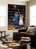 Orlando Magic v Los Angeles Clippers: Vince Carter and Baron Davis Posters by Noah Graham