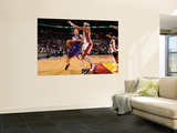 Phoenix Suns v Miami Heat: Steve Nash and Eddie House Poster von Andrew Bernstein