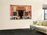 "Chocolateria Shop Front Proclaiming the ""Bestest Chocolate of the World"" Kunstdrucke von Diana Mayfield"
