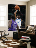 Sacramento Kings v New Orleans Hornets: Chris Paul and Tyreke Evans Prints by Layne Murdoch