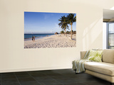 Couple on Eagle Beach Prints by Holger Leue